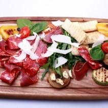 Итальянская доска закусок / «Antipasti»